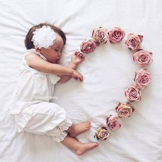 😍 Cute 😘❤️ Baby Love – jennifer Newborn baby photo shoot idea for a baby girl: Use flowers to create a heart.