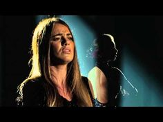 Gisela João - Vieste do Fim do Mundo~ Fado (Portuguese Music) voice - Gisela João portuguese guitar - Ricardo Parreira guitar - João Tiago  bass - Francisco Gaspar lyrics and music - João Loio production and musical direction - Frederico Pereira