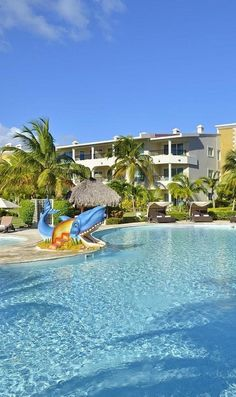 Make the whole family happy with trampolines, margaritas, and a snorkelling excursion with these family-friendly Punta Cana resorts. Need A Vacation, Dream Vacations, Family Vacations, Vacation Ideas, Family All Inclusive, Best All Inclusive Resorts, Paradise Travel, I Want To Travel, Punta Cana