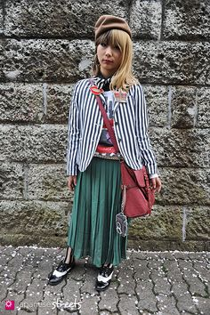Japanese street fashion in Harajuku, Tokyo (BROWNY, Romantic Standard, Honeys) Japanese Streets, Japanese Street Fashion, Rock Style, My Style, Japan Street, Classy Girl, Street Culture, Striped Jacket, Street Style Women