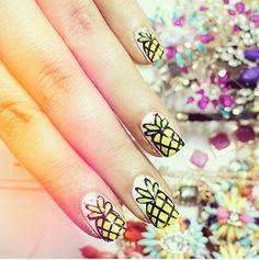 hellomaphie-pineapple-nail-art