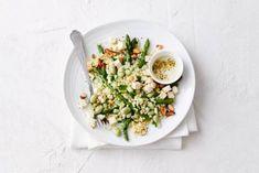 Couscous met tuinbonen, feta en asperges. Gebruik glutenvrije couscous. Recepten - Allerhande - Albert Heijn