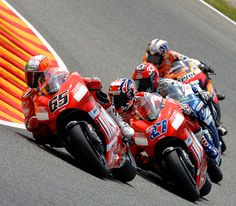 Stoner and Capirossi taming the Ducati.   Stoner wins the title. #MotoGP #Race