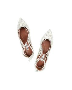 Shop on-sale Tabitha Simmons Willa perforated leather point-toe flats. Browse other discount designer Flat Shoes & more on The Most Fashionable Fashion Outlet, THE OUTNET. Outdoor Wedding Shoes, Boho Wedding Shoes, Designer Wedding Shoes, Bridal Shoes, White Flat Shoes, White Leather Shoes, Ankle Strap Flats, Pointy Toe Flats, Oxfords