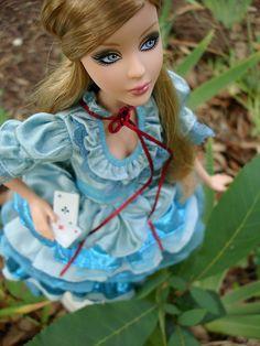 alice in wonderland barbie by mattel