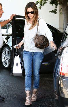Rachel Bilson - LOVE the shoes.