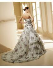 Uniques Brautkleid aus Taft Bodenlang Trägerlos Bodenlang mit Schleppe