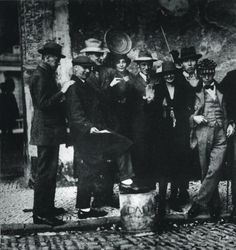 Dada meeting at Weimar, Sept. 1922 -nd   Anonymous  (left to right)  Kurt Schwitters, Jean Arp, Max Burchartz, Lotte Burchartz, Hans Richter, Nelly van Doesburg, Cornelius van Eesheren, Theo van Doesburg.   via T for tout