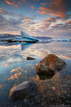 Beautiful night during midnight sun in Iceland... Planning to visit Iceland in Winter? Check our WINTER PHOTO WORKSHOP :) Subscribe to our Newsletter Thanks!