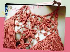 Móc bikini len họa tiết hoa nhí điệu đà