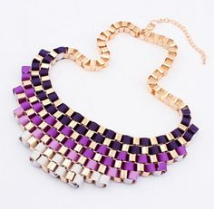 Big gradient temperament exaggerated retro metal alloy gold-plated necklace short paragraph