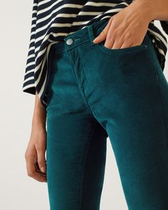 Discover statement women's pants from British brand Jigsaw to find your perfect pair for evening or everyday wear. Shop now for leather & cigarette pants. Jigsaw Clothing, Dress Outfits, Fashion Outfits, Formal Shirts, British Style, Skinny Fit, Shirt Sleeves, Cashmere, Pants For Women