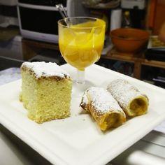 Dulcis in fundo... #torta paradiso alla #zucca #cannoli con farcitura di #zucca e #zabajone #cosebuone #lacasareccia @cosebuone1998 @aldrovandialessandro allestimenti #whitepassion #mantova #igersmantova #iglombardia #pumpkin #cake