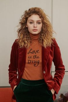 See all the Collection photos from Bella Freud Autumn/Winter 2018 Ready-To-Wear now on British Vogue Bella Freud, Jean Michel Basquiat, Christopher Kane, Jil Sander, Lanvin, Laurence Bras, Christian Dior, Leonard Paris, Versace