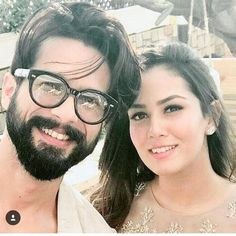 Shahid Kapoor And Mira Rajput's New Picture With Baby Misha Kapoor Is Too Cute To Be Missed Bollywood Actors, Bollywood Celebrities, Ranbir Kapoor Hairstyle, Celebrity Couples, Celebrity Style, Misha Kapoor, Mira Rajput, Shahid Kapoor, Lip Colour