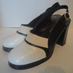 1970s Vintage Navy Blue and White Platform Shoes by badkittyvintage