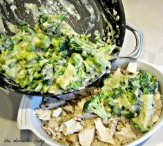 Healthy Brown Rice Chicken Broccoli Bake- easy make a head dinner. Use pre-cooked rice and chicken to make it fast. Also add extra veggies!