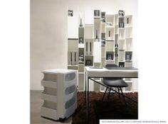 Gärtner Internationale Möbel #Ausstellung #Showroom #Hamburg #Wogg #Schrebitisch #Regal #Vitra #DSW #Chair