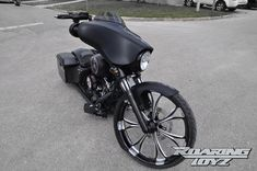 Roaring Toyz Harley-Davidson Street Glide Is Black, Sleek and Evil - autoevolution for Mobile