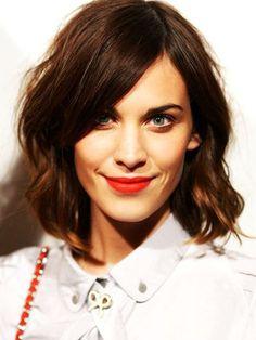 Le wob flou d'Alexa Chung - Le Wob : la nouvelle coiffure tendance - Photos Beauté - Be.com