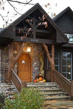: Hybrid Log and Timber Homes » Wisconsin Mountain Style Home » Wisconsin Exterior Entry