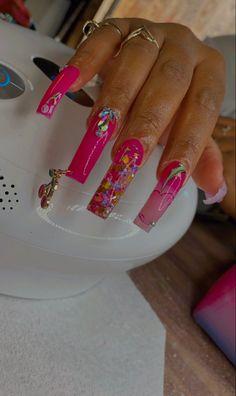 Aycrlic Nails, Stiletto Nails, Fancy Nails, Trendy Nails, Long Acrylic Nails, Long Nails, Acrylic Nail Designs, Nail Inspo, Nails Inspiration