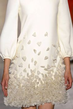 Ivory dress with bishop sleeves and 3D applique flower petals - textured embellishments; haute couture fashion details // Giambattista Valli
