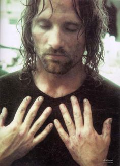 Aragorn - Viggo Mortensen during filming of Helms Deep. #Lotr