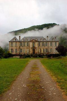 Châteaux de Gudanes, Château-Verdun, Les Cabannes, Foix, Ariège, Midi-Pyrénées, France