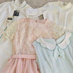 ❤️Mini dress haul for my little vintage store @shopshelovesdresses ❤️Hehe. I spy with my little eye something deadstock  Wooooweeeeowwwooooo