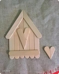 art and craft work with ice cream stick Lolly Stick Craft, Popsicle Stick Crafts House, Popsicle Sticks, Craft Stick Crafts, Fun Crafts, Diy And Crafts, Craft Sticks, Christmas Wood, Christmas Crafts For Kids
