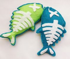 Cat Toy  Catnip Toy  Pet Toy  Fish Cat Toy  by thefeltedpet