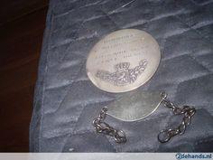A Saisir la médaille de titulaire de la carte du feu ww1 version argentée attribuée à Malfait François du premier carabinier mat n54335 +son ,bracelet d' identification Synghem 20-02-1892 date de naissance +surement son numéros de tirage au sort pour son service militaire sous réserve car trouvé avec les 2 objets précédent