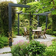New pergola patio design courtyards ideas Rustic Pergola, Pergola Garden, Small Backyard Landscaping, Pergola Kits, Courtyard Landscaping, Small Patio, Backyard Ideas, Urban Garden Design, Small Garden Design
