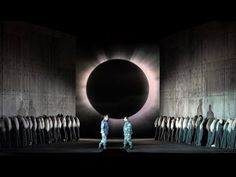 Macbeth at the Vienna State Opera. Directed by Christian Räth, set and costume design by Gary McCann, video design by Nina Dunn, lighting design by Mark McCullough Theater, Theatre Stage, Set Design Theatre, Stage Design, Royal Ballet, Alvin Ailey, Body Painting, Scenography Theatre, Vienna State Opera