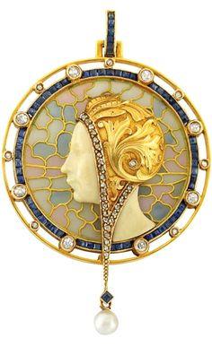 Art Nouveau Gold, Plique-a-Jour Enamel, Diamond, Sapphire and Pearl Pendant, Masriera Hermanos, circa 1900.
