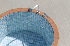 Mini hot tub - this is so cool!