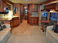 2017 Used Country Coach INSPIRE 360 DAVINCI Class A in Washington WA.Recreational Vehicle, rv, Very popular and difficult to find' Country Coach Inspire 360 Davinci Tripple Slide has a unique combination of assets, if you are looking for a top brand, luxury, low mileage, high-end diesel coach, this is a great coach! Great floor plan featuring 3 big slide outs with opposing slides in the front featuring two large sleeper sofas, queen air bed and magic double bed, provides sleeping…