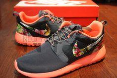 Nike Roshe Run Hyperfuse Bright Mango/Magnet Grey Island Palm Tree Floral Print Custom Womens