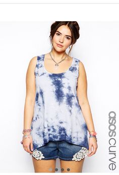 Tie Die never seemed cutter. T-shirt w/ sexy lace jean shorts.