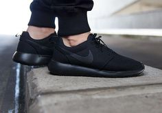 314776f04efe Nike Roshe One-Black-Black-1 Nike Roshe Run