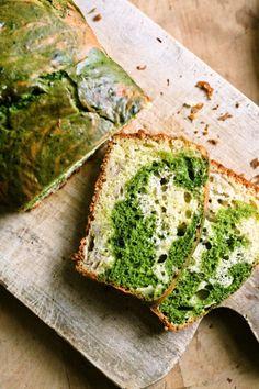 Matcha marbled banana cake bread