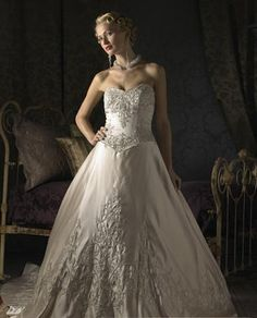 wedding dresses strapless wedding dresses with lace wedding dresses ruffles matteembroidering chapel train strapless wedding dresses