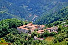 """Monasterio de San Esteban (Ribas de Sil), in the """"comarca de la Ribeira Sacra""""."""