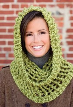 Quick-Stitch Cowl, part of Crochet's FREE Fashion Accessory of the Month. Crochet Scarves, Crochet Shawl, Crochet Clothes, Crochet Stitches, Knit Crochet, Crochet Hooded Cowl, Hooded Scarf Pattern, Crochet Crafts, Cowls