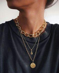 What do we think about statement jewelry? Love or love? // all pieces of - accesorie - Wie stehen wir zu Statement-Schmuck? // alle Stücke von – accesorie What do we think about statement jewelry? Love or love? // all pieces of Cute Jewelry, Jewelry Accessories, Fashion Accessories, Fashion Jewelry, Fashion Fashion, Jewelry Box, Gold Jewelry, Dainty Jewelry, Jewelry Armoire