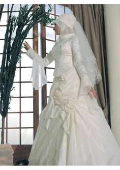 Bautiful A Line Rouched Skirt With Elegant Embroidery Hot Sell Muslim Wedding Dress