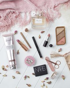January Favourites 2017- Pretty blush pink flatlay