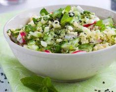 Couscous frais au concombre, au radis et à la menthe : http://www.fourchette-et-bikini.fr/recettes/recettes-minceur/couscous-frais-au-concombre-au-radis-et-la-menthe.html