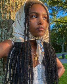 ( I do not support women's abuse. Half of women and men in the US today have experienced abuse whether it be physically, sexually,… French Summer, Grunge Outfits, Camilla, Teen Fashion, Her Hair, This Is Us, Style Inspiration, Hair Styles, People